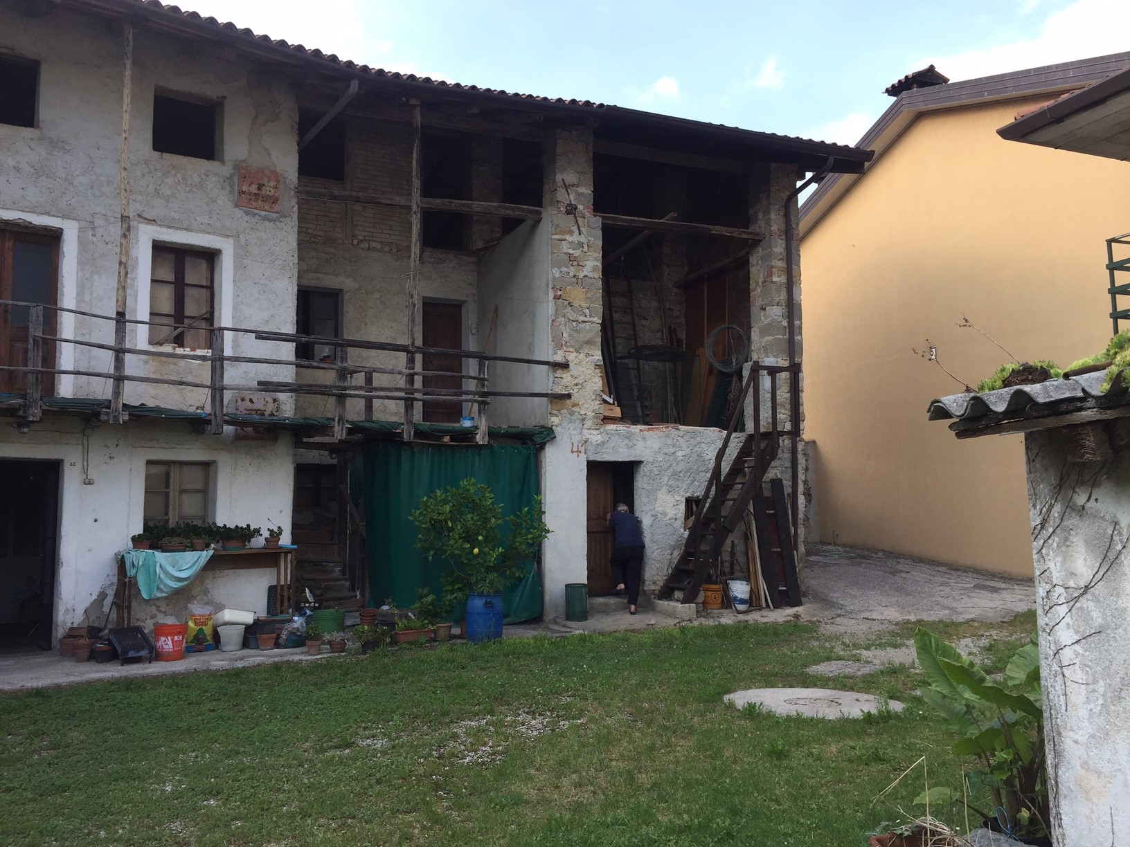 Villetta a schiera foto miniatura 1